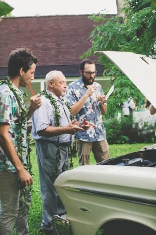 Colourful Hawaiian Wedding | Maui Maka Photography | Bridal Musings Wedding Blog 47