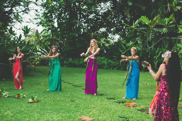 Colourful Hawaiian Wedding | Maui Maka Photography | Bridal Musings Wedding Blog 48