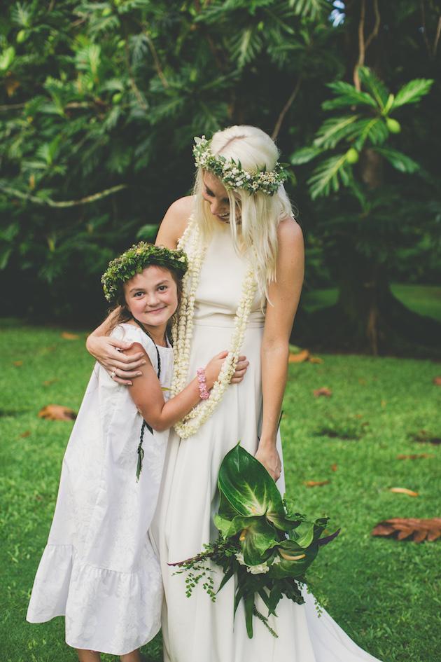Colourful Hawaiian Wedding | Maui Maka Photography | Bridal Musings Wedding Blog 49