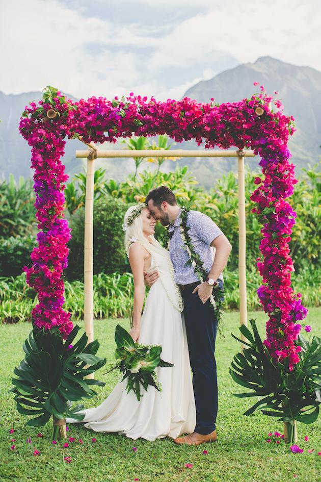 Colourful Hawaiian Wedding | Maui Maka Photography | Bridal Musings Wedding Blog 54