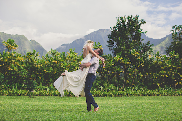 Colourful Hawaiian Wedding | Maui Maka Photography | Bridal Musings Wedding Blog 55