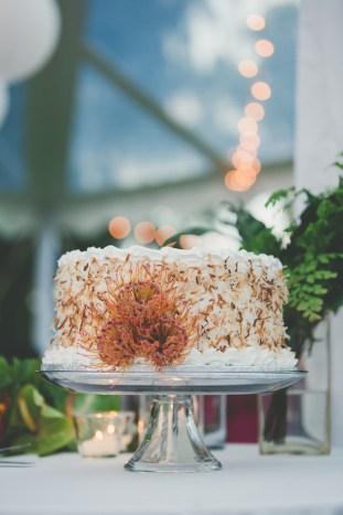 Colourful Hawaiian Wedding | Maui Maka Photography | Bridal Musings Wedding Blog 78