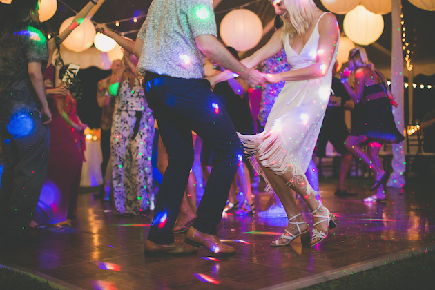 Colourful Hawaiian Wedding | Maui Maka Photography | Bridal Musings Wedding Blog 86