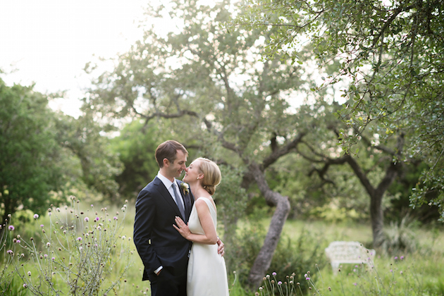 Modern Austin Wedding | Kristi Wright Photography | Bridal Musings Wedding Blog 49