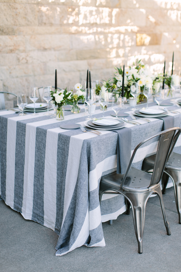 How-To-Find-the-Perfect-Wedding-Linens-La-Tavola-Linens-Bridal-Musings-Wedding-Blog-16meganclouse1018-54-630x945