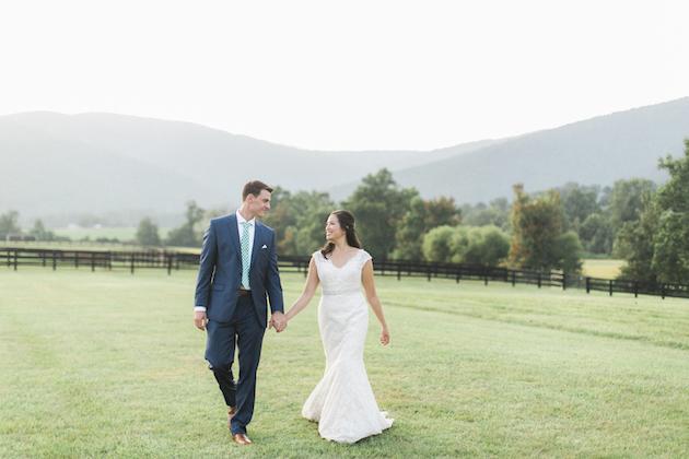Fun Barbecue Wedding | Stephanie Yonce Photography | Bridal Musings Wedding Blog 57