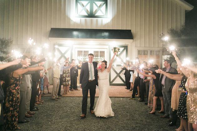 Fun Barbecue Wedding | Stephanie Yonce Photography | Bridal Musings Wedding Blog 67