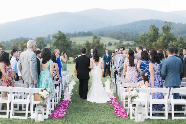Fun Barbecue Wedding | Stephanie Yonce Photography | Bridal Musings Wedding Blog 7