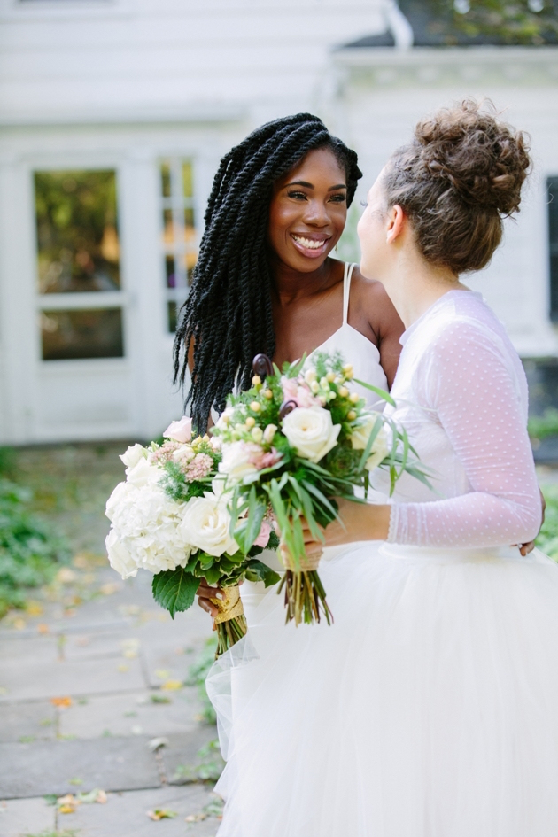 Super-Chic-Same-Sex-Wedding-Jenna-Bascom-Photography-This-Modern-Love-Events-Bridal-Musings-Wedding-Blog-14-630x945