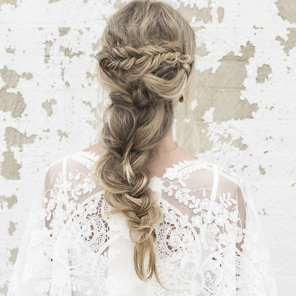 You Need To Check Out These Gorgeous Bridal Hairstyles! - Weddbook