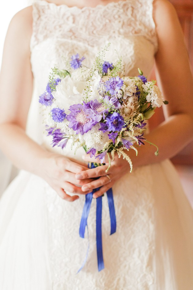 Gorgeous China Blue Wedding | Sarah Gawler | Knot & Pop | Bridal Musings Wedding Blog 26