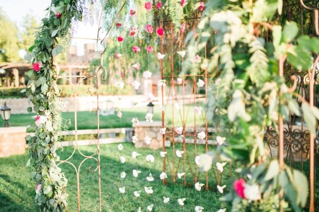 Super Pretty Garden Wedding Inspiration   Emi Fujii Photography   Weddings by Katlin   Bridal Musings Wedding Blog 25