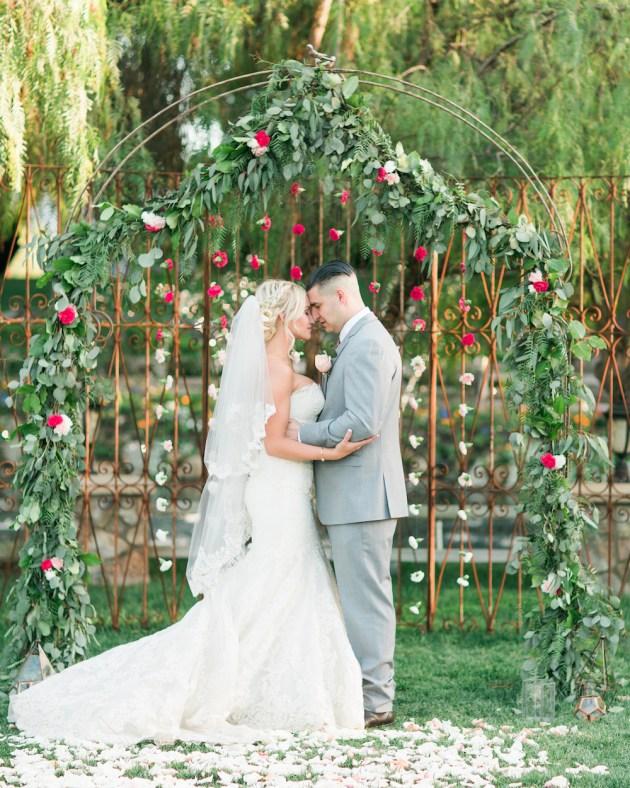 Super Pretty Garden Wedding Inspiration   Emi Fujii Photography   Weddings by Katlin   Bridal Musings Wedding Blog 29
