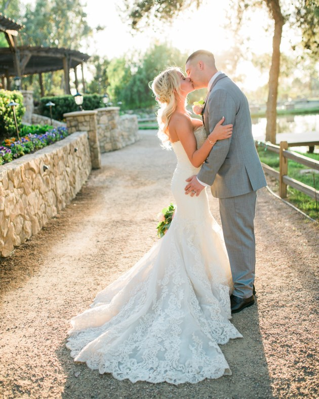 Super Pretty Garden Wedding Inspiration   Emi Fujii Photography   Weddings by Katlin   Bridal Musings Wedding Blog 34