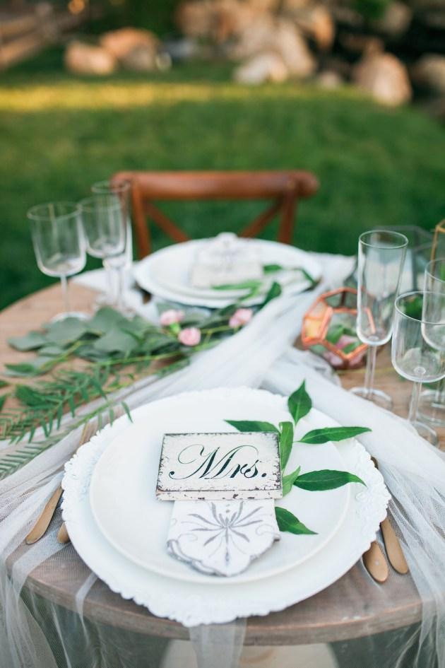 Super Pretty Garden Wedding Inspiration   Emi Fujii Photography   Weddings by Katlin   Bridal Musings Wedding Blog 42