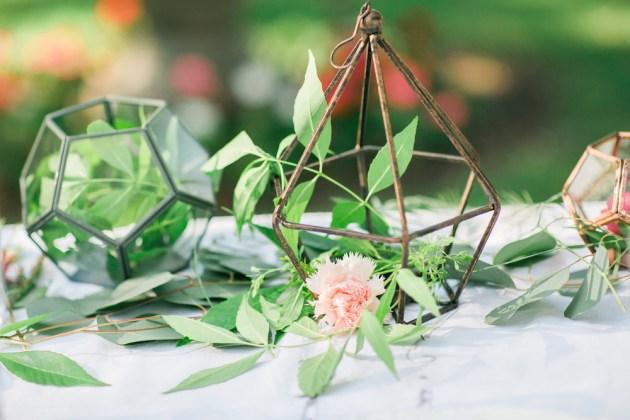 Super Pretty Garden Wedding Inspiration   Emi Fujii Photography   Weddings by Katlin   Bridal Musings Wedding Blog 9