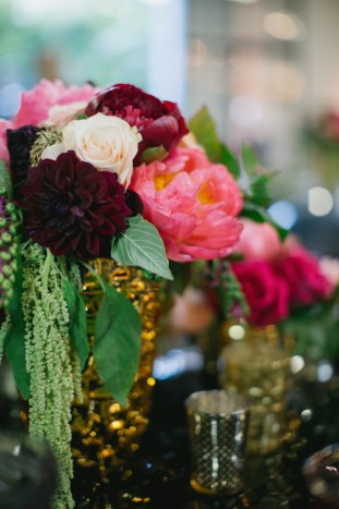 Black, White, Pink and Sparkle | Real Wedding | Aaron Young Photography | A Good Affair Wedding and Event Production | Bridal Musings Wedding Blog %0A 22