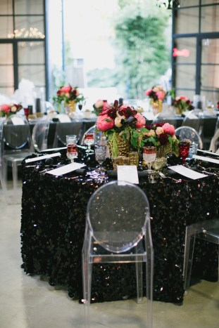 Black, White, Pink and Sparkle | Real Wedding | Aaron Young Photography | A Good Affair Wedding and Event Production | Bridal Musings Wedding Blog %0A 24