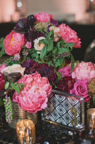 Black, White, Pink and Sparkle | Real Wedding | Aaron Young Photography | A Good Affair Wedding and Event Production | Bridal Musings Wedding Blog %0A 45