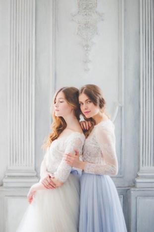 Something Blue Floral Wedding Inspiration   Katia Tumenyeva Photography   Viktoria Gusova & Elena Gavrilova   Bridal Musings Wedding Blog 12