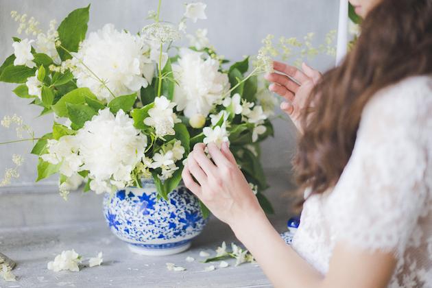 Something Blue Floral Wedding Inspiration   Katia Tumenyeva Photography   Viktoria Gusova & Elena Gavrilova   Bridal Musings Wedding Blog 16