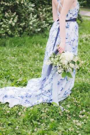 Something Blue Floral Wedding Inspiration   Katia Tumenyeva Photography   Viktoria Gusova & Elena Gavrilova   Bridal Musings Wedding Blog 2