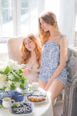 Something Blue Floral Wedding Inspiration   Katia Tumenyeva Photography   Viktoria Gusova & Elena Gavrilova   Bridal Musings Wedding Blog 26