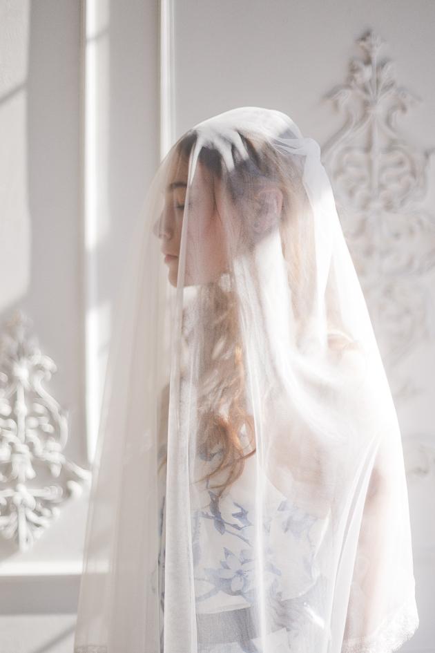 Something Blue Floral Wedding Inspiration   Katia Tumenyeva Photography   Viktoria Gusova & Elena Gavrilova   Bridal Musings Wedding Blog 28