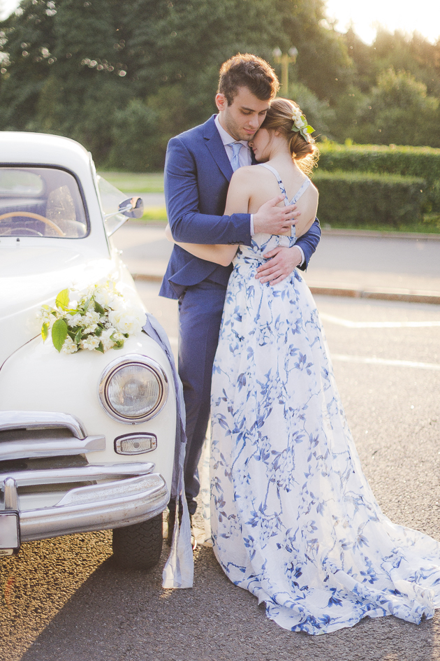 Something Blue Floral Wedding Inspiration   Katia Tumenyeva Photography   Viktoria Gusova & Elena Gavrilova   Bridal Musings Wedding Blog 44