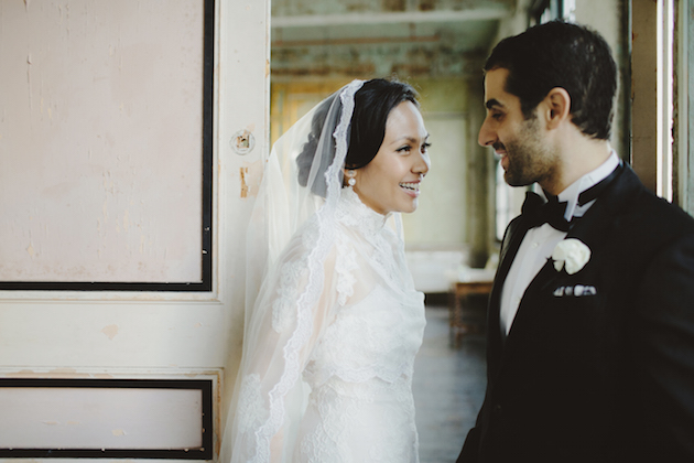 Wearing a Veil on Your Wedding Day | The Wedding Artists Collective | Bridal Musings Wedding Blog 5