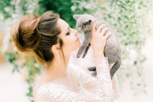 kittens-feathers-wedding-inspiration-by-sanshine-photography-and-charlotte-munro-17