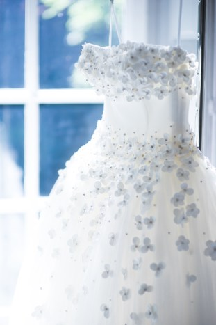 viktor-and-rolf-wedding-dress-collection-1