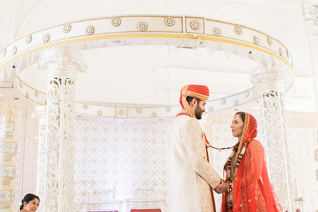 beautiful-indian-wedding-with-a-classic-reception-by-carretto-studio-49