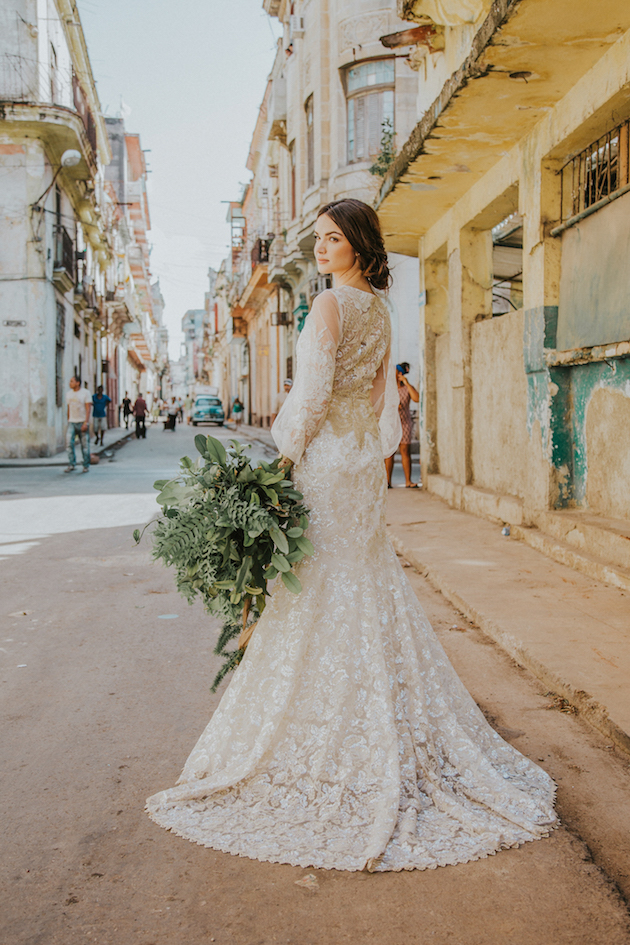 havana-wedding-inspiration-by-gaby-rguez-photography-and-birds-honey-20