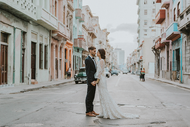 havana-wedding-inspiration-by-gaby-rguez-photography-and-birds-honey-39